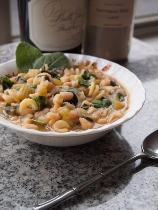 tomato-less-pasta-fagioli.JPG