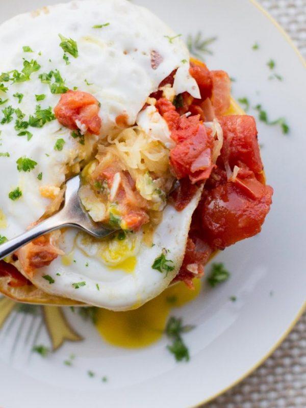 spaghetti-squash-tomatoes-eggs-2-2.jpg