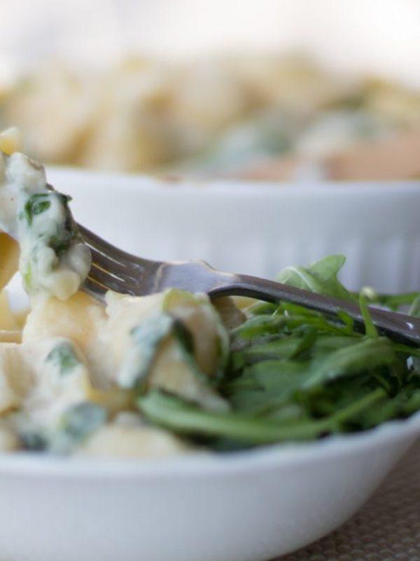 roasted-cauliflower-mac-and-cheese-with-arugula-10.jpg