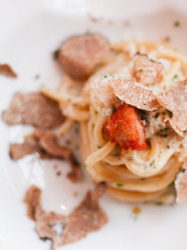 bucatini-sweetbreads-summer-truffle-spiaggia-10.jpg