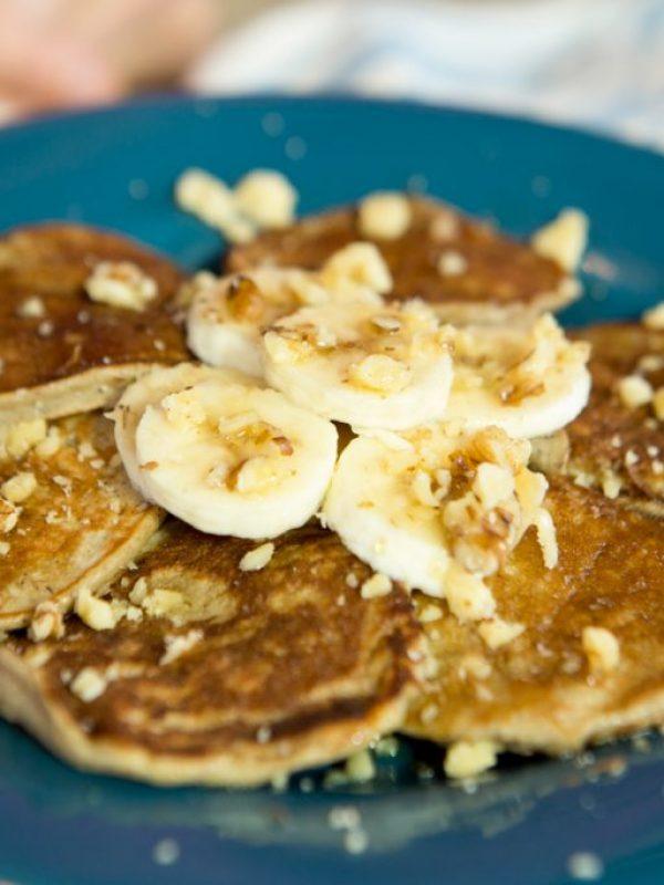 healthy-gluten-free-banana-pancakes-2.jpg