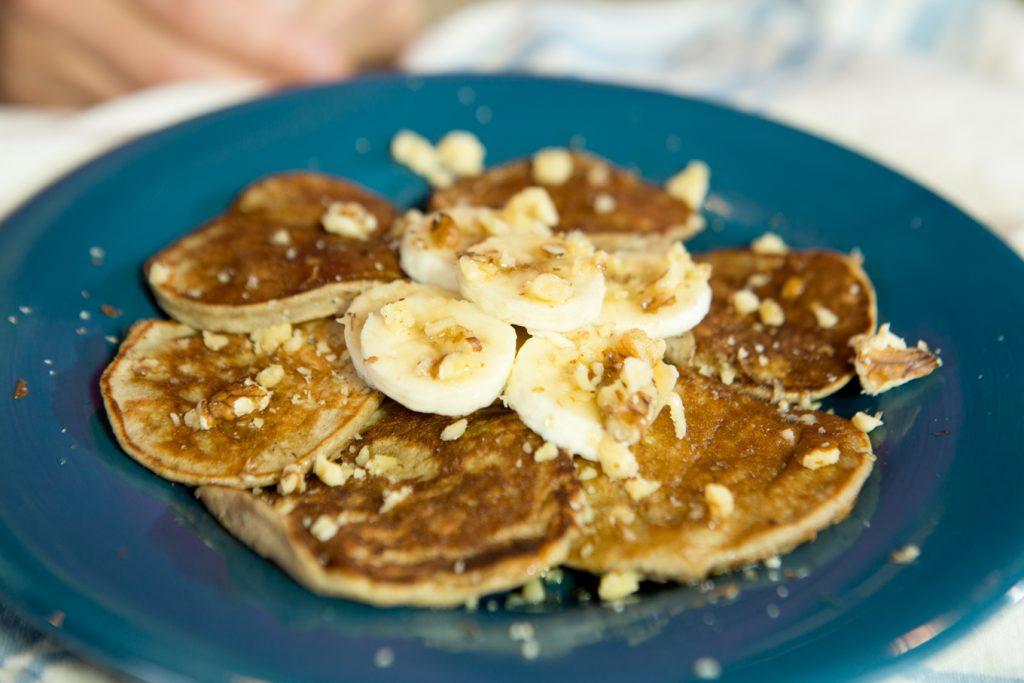 3 Ingredient Healthy Banana Pancakes