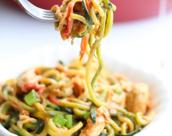 Zoodles with Chicken and Peanut Sauce
