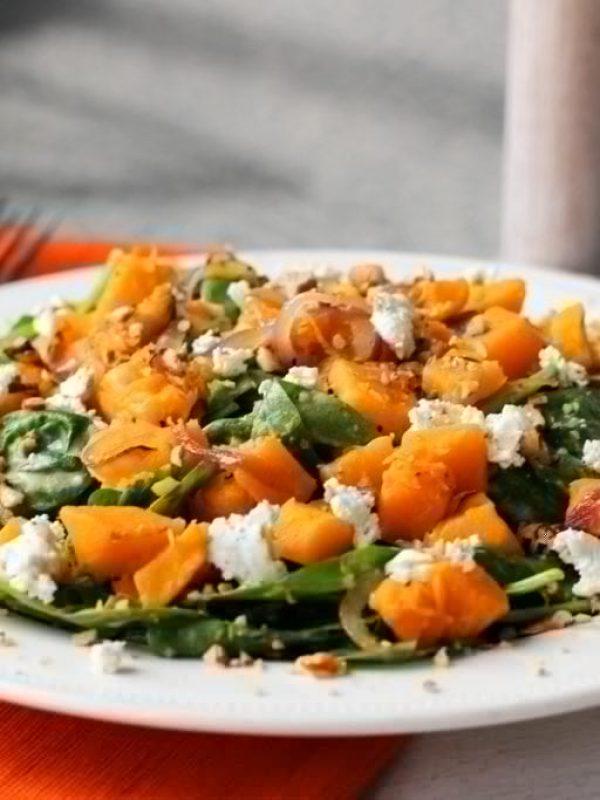 squash-spinach-salad-hummus-dressing-goat-cheese-9