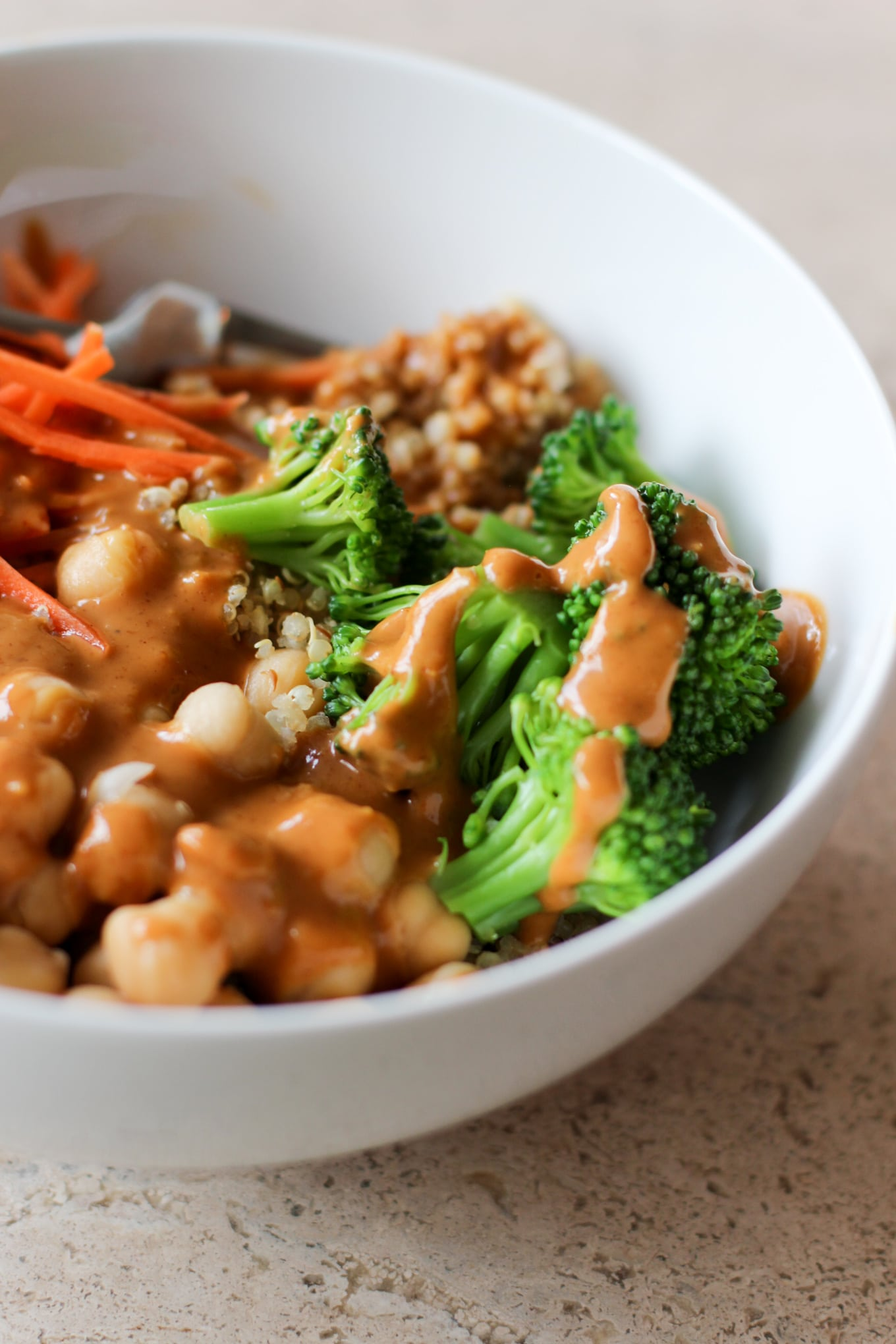 Veggie Quinoa Bowl with Peanut Sauce - Lake Shore Lady