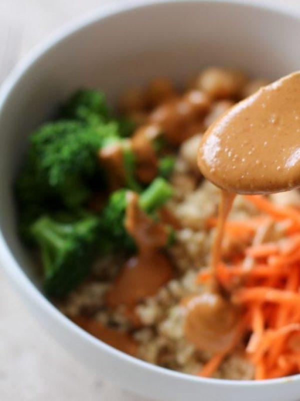 quinoa-bowl-peanut-sauce-9