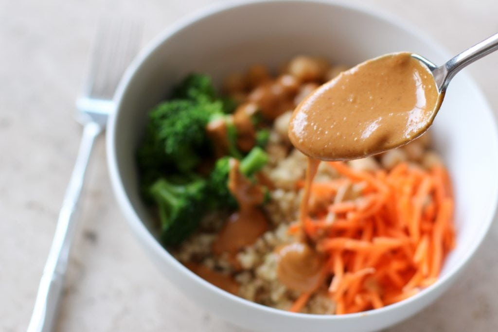 Quinoa Veggie Bowl with Peanut Sauce