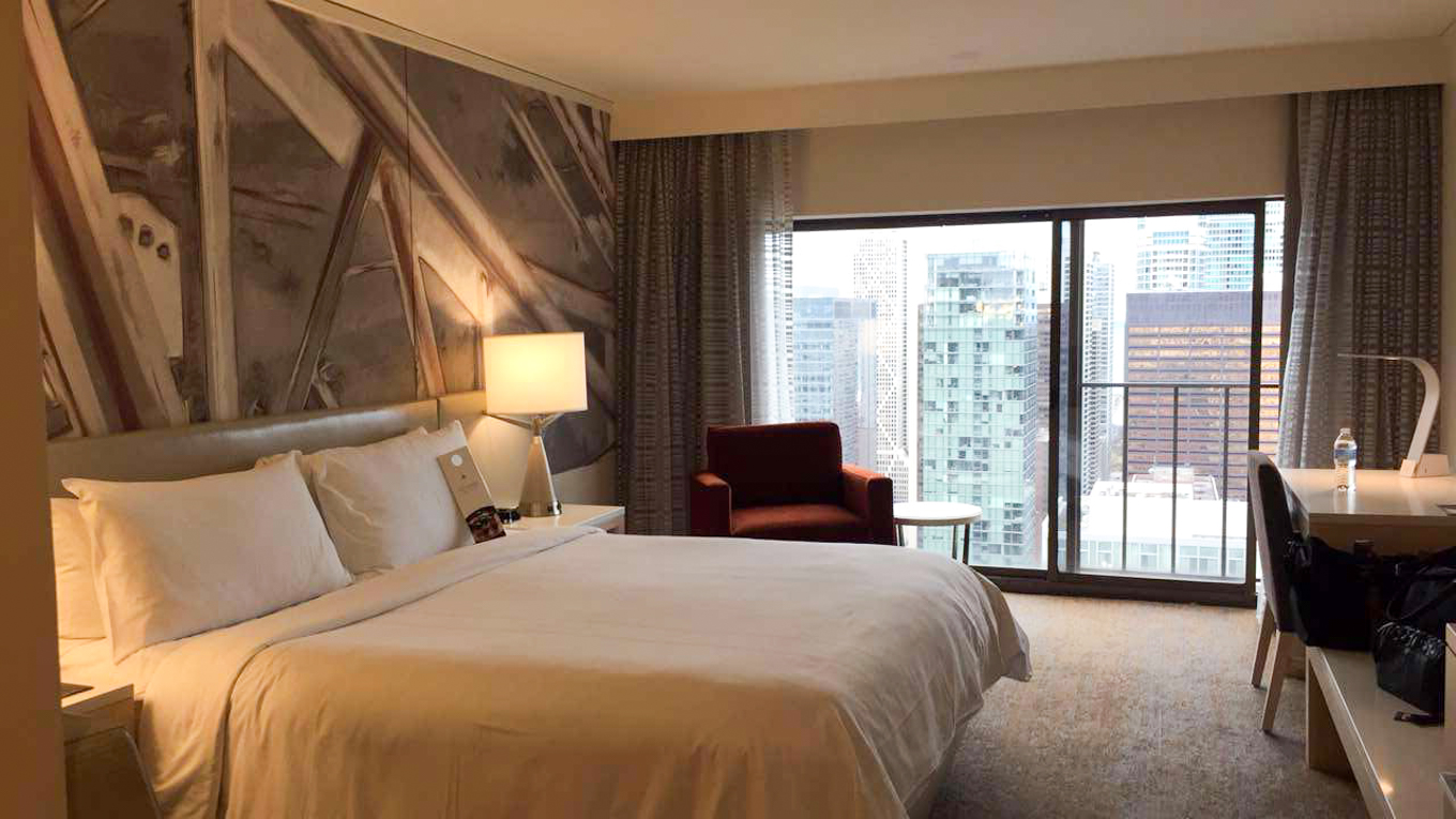 Have you ever done a staycation? - Lake Shore Lady | Marriott Mag Mile Chicago