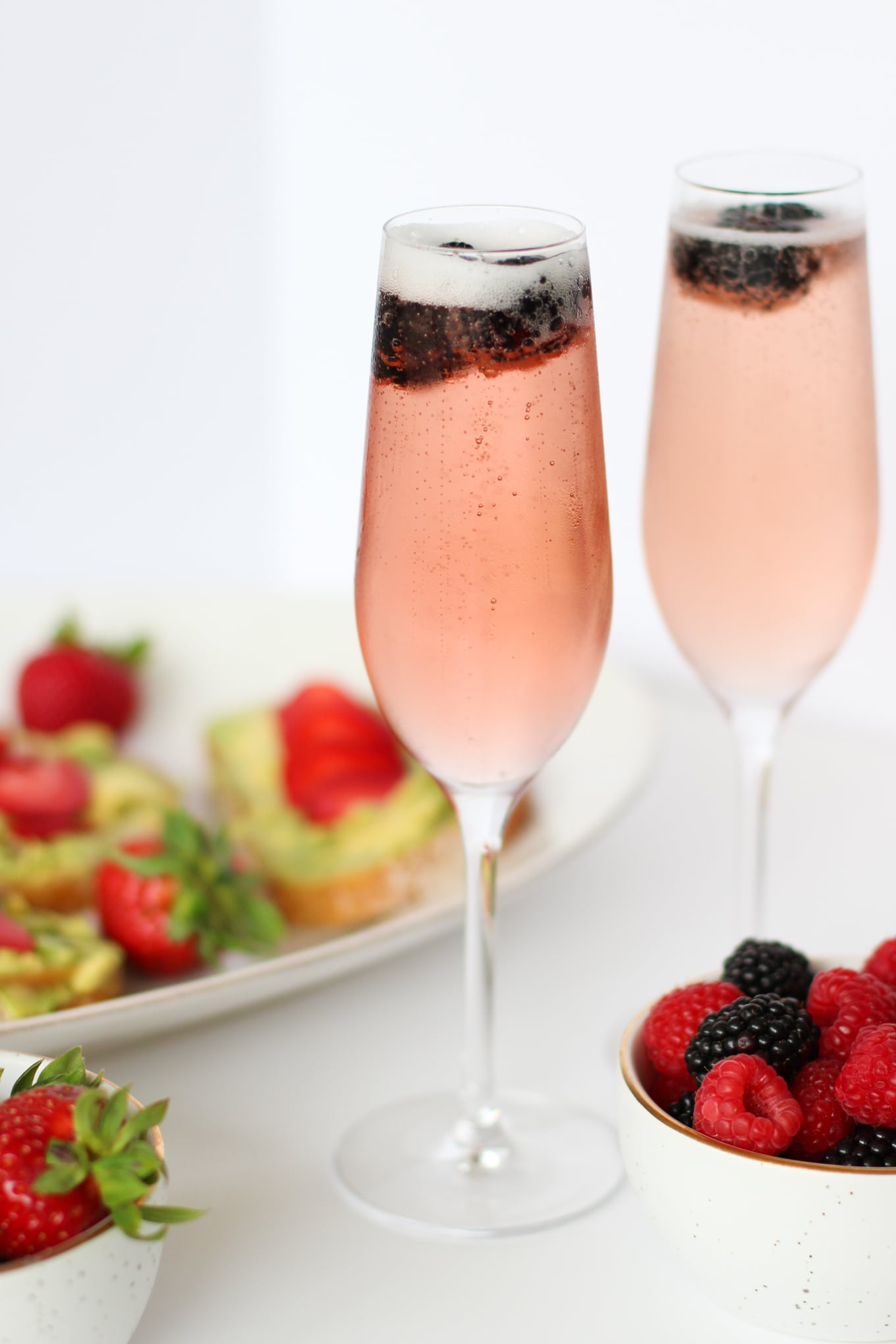 Chloe Prosecco Cocktail + Strawberry Avocado Toast - Lake Shore Lady