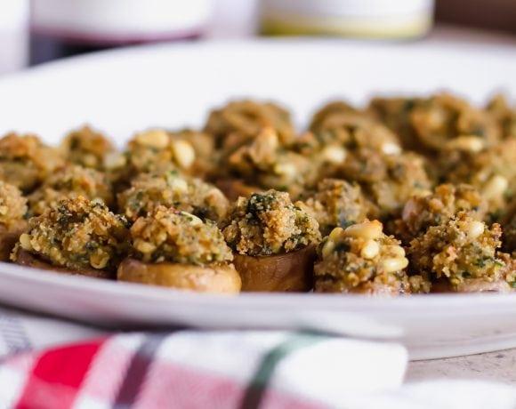The Best Vegetarian Stuffed Mushrooms