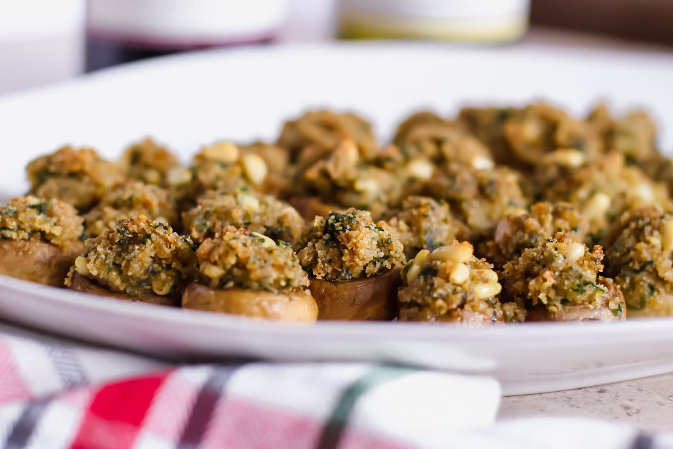 The Best Vegetarian Stuffed Mushrooms