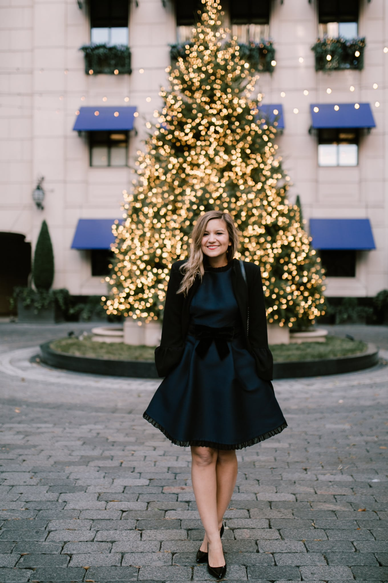 Christmas party outfit: Kate Spade velvet bow dress