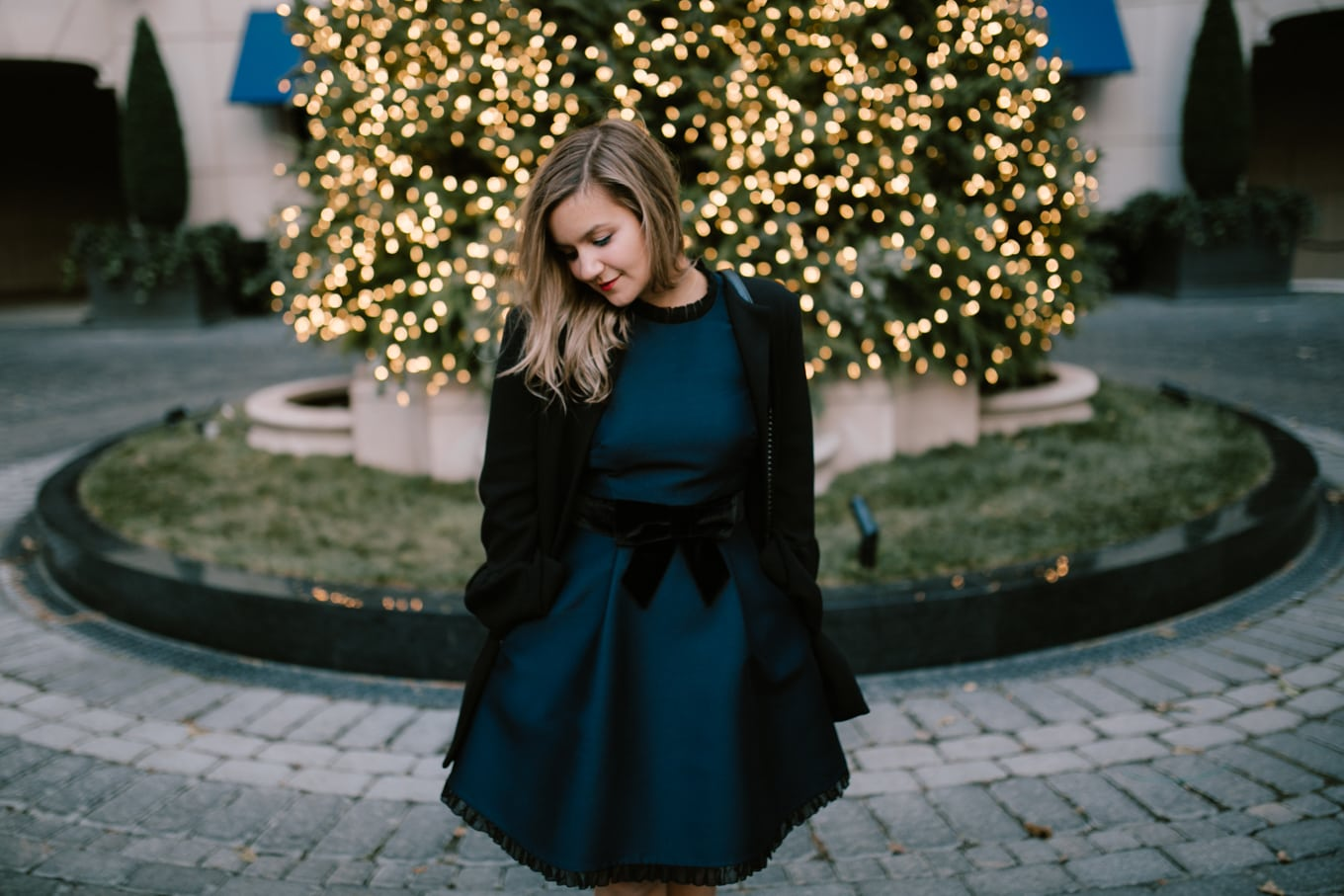 Kate Spade velvet bow dress