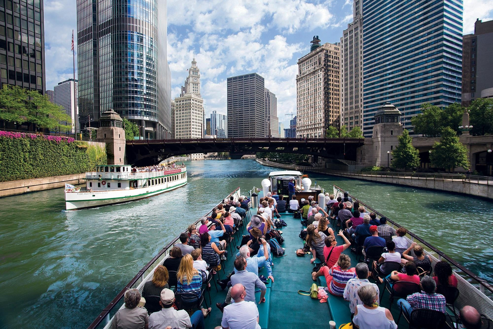 Architecture Boat Tour: Chicago Summer Things To Do