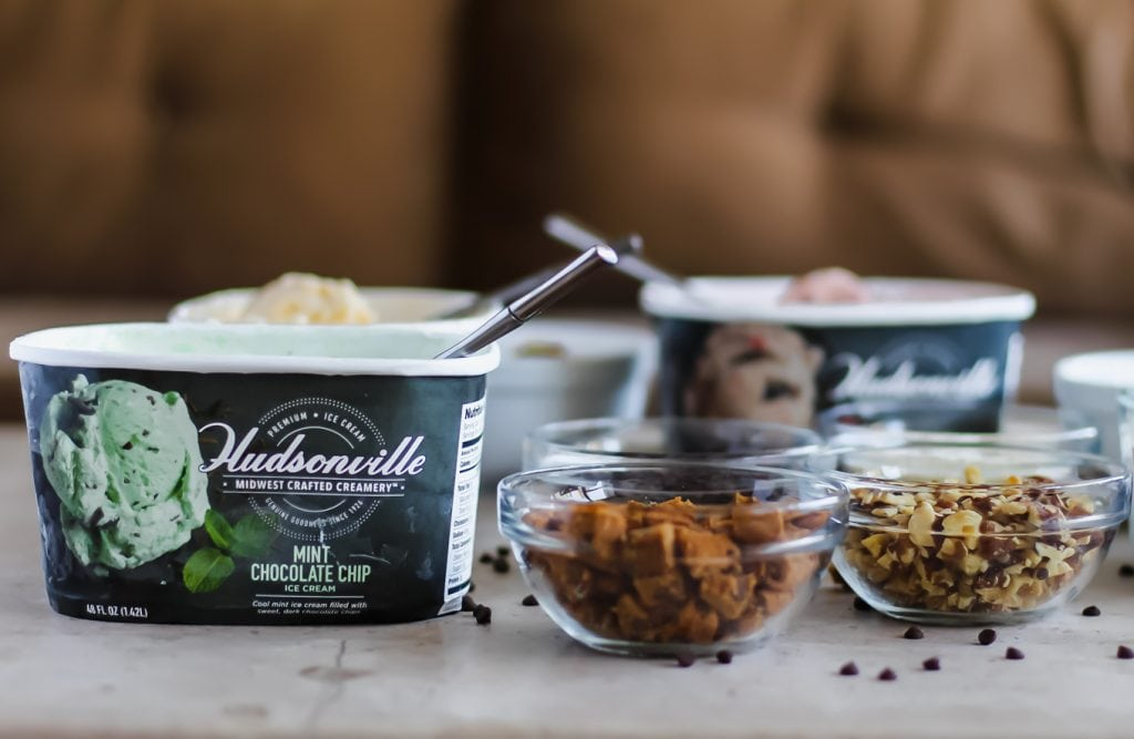 Build-Your-Own Ice Cream Sundaes with Hudsonville Ice Cream   Lake Shore Lady