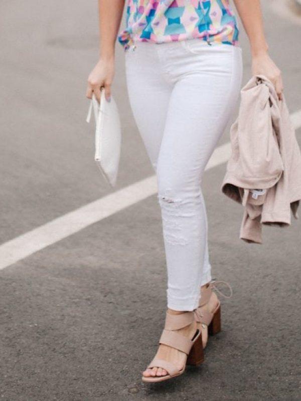 White Jeans | Lake Shore Lady