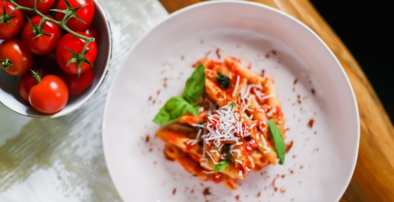 A Simple Pomodoro Sauce Recipe That Will Make You Feel Like a Top Chef