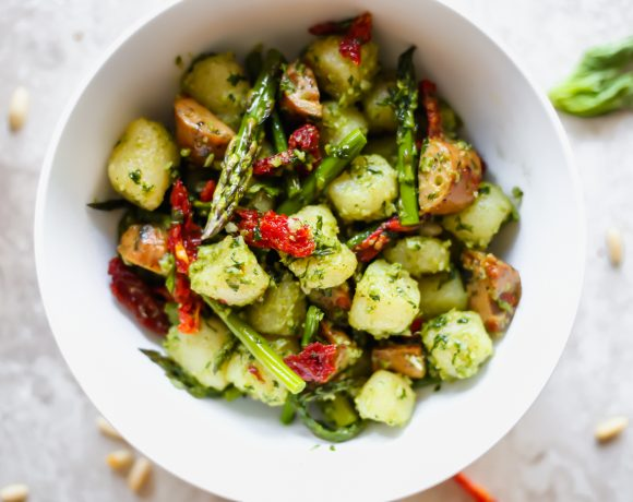 Trader Joe's Cauliflower Gnocchi Recipe with Asparagus, Chicken Sausage, and Pesto