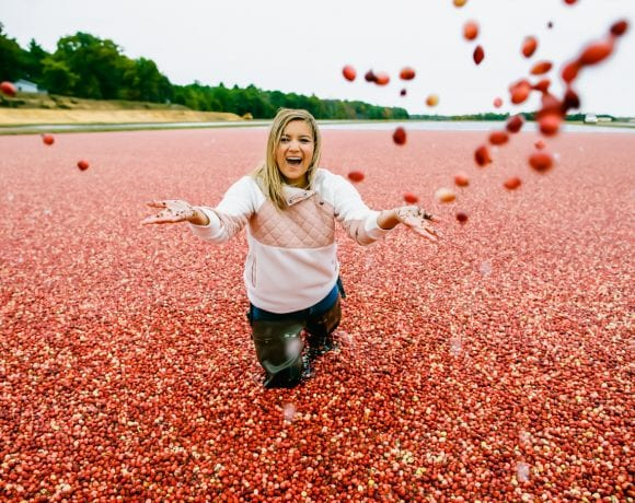 That Time I Went In A Wisconsin Cranberry Marsh (+ all about Carmex Supercran!)