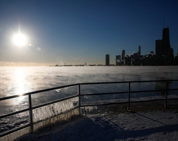 How To Help Those Less Fortunate During The Polar Vortex in Chicago