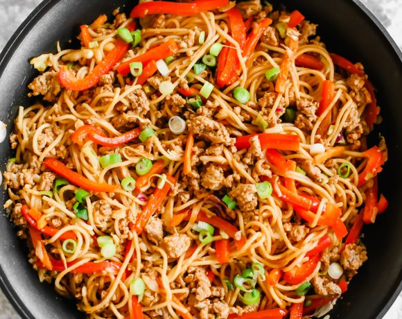 Gochujang Noodles aka The Best Spicy Ramen Noodles