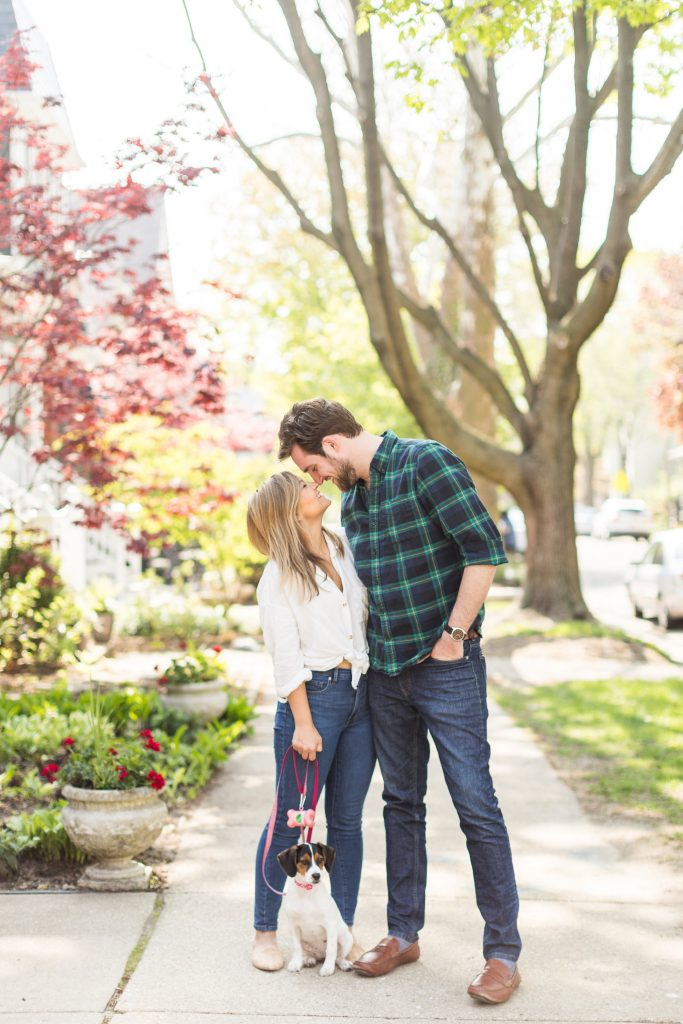 What To Wear For Engagement Photos - Causal Outfit