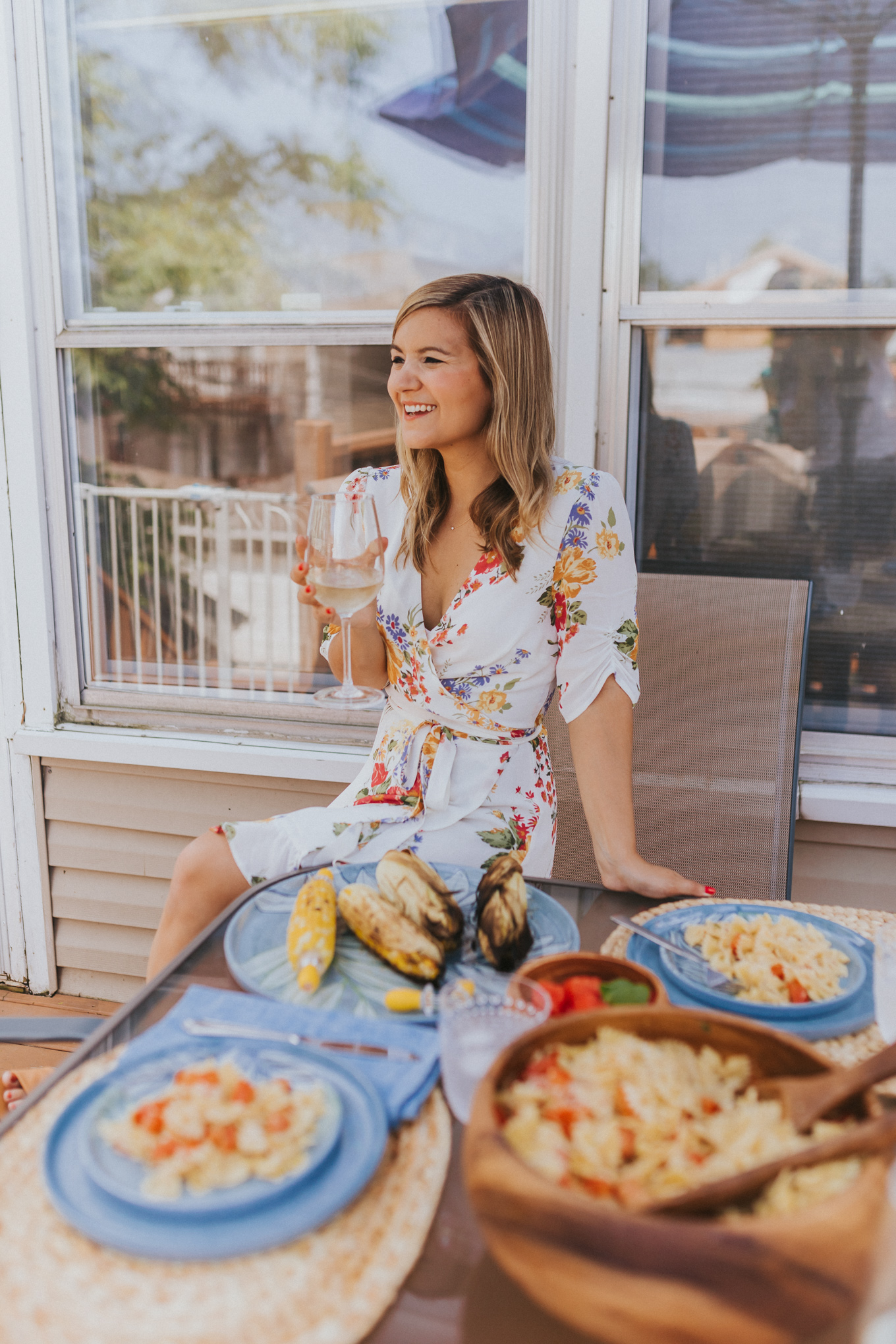 How to Throw The Prettiest Low-Stress Outdoor Dinner Party