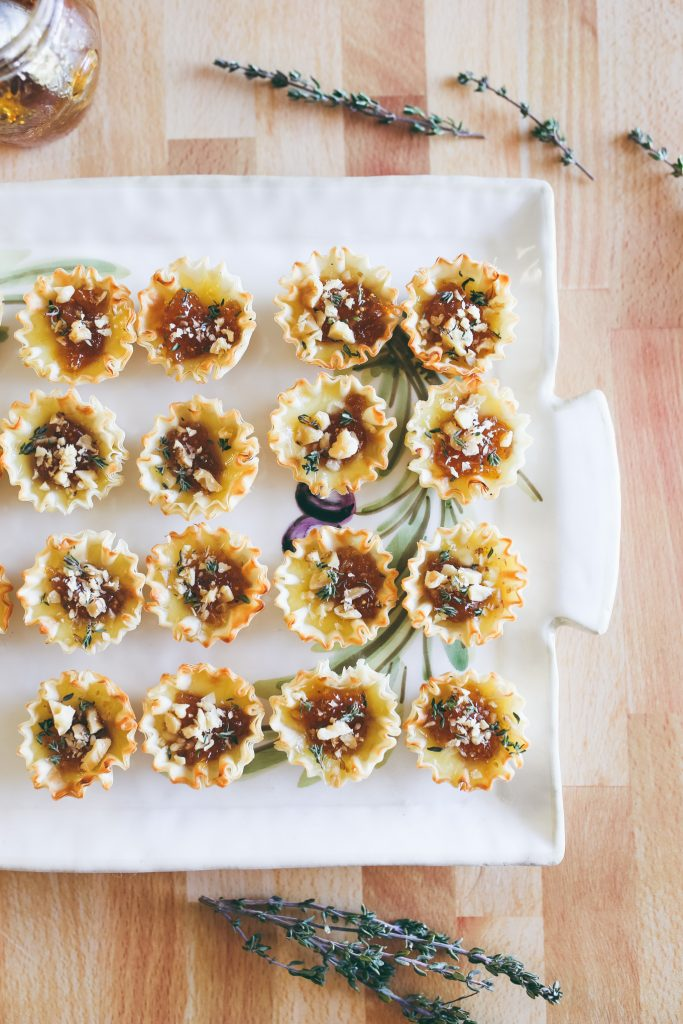 Brie and Fig Jam Appetizer