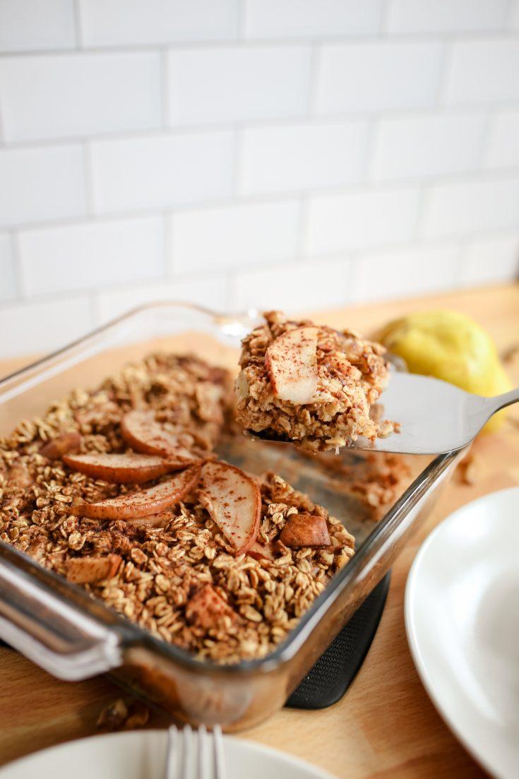 Walnut and Pear Baked Oatmeal Recipe